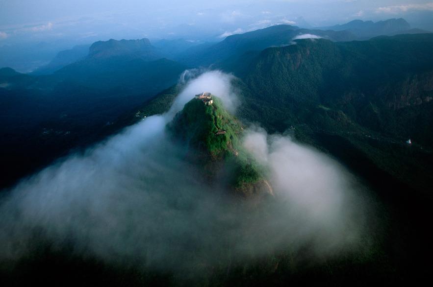 Пик Адама или Шри Пада, Шри-Ланка